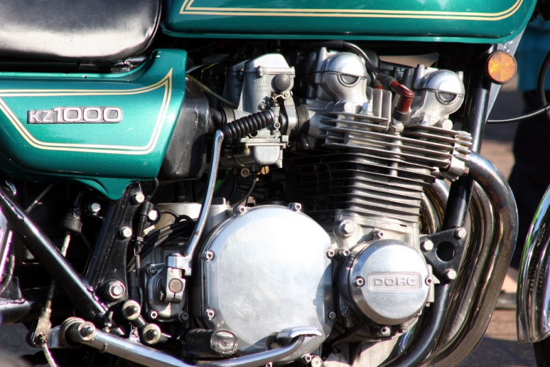 Motorcycle engine with a relaxed looking face