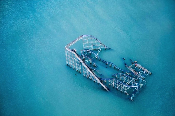 Submerged rollercoaster