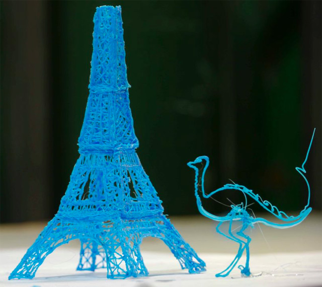 Eiffel Tower 3D drawing made by a 3Doodler
